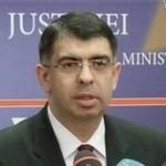 Un consilier al ministrului Justitiei, ofiţer SRI. Se cere demiterea lui Cazanciuc şi Coldea