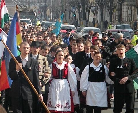 extremisti-unguri3