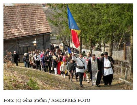 Actiunea-Doboi-Mihai-Tirnoveanu-si-Florin-Palas-cu-Parintele-Lupu-de-Florii-2015