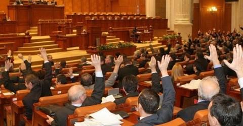 Marionetele turnătorilor securităţii comuniste la 25 de ani de la revoluţie i-au interzis prin lege pe Cioran, Eliade, Noica, Gyr şi V. Gafencu