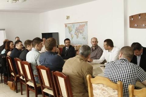 """Deputatul Bogdan Diaconu s-a întâlnit cu membrii şi simpatizanţii PRU din Cluj-Napoca: """"Vrem să-i unim pe toţi patrioţii români"""""""