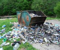 Criza deșeurilor din Florești. Prefectul Clujului refuză să declare starea de urgență