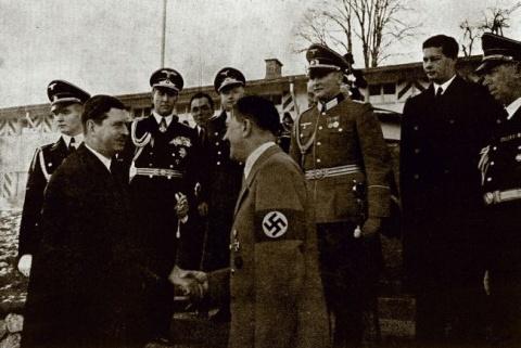 Carol al II-lea, Hitler, regele Mihai