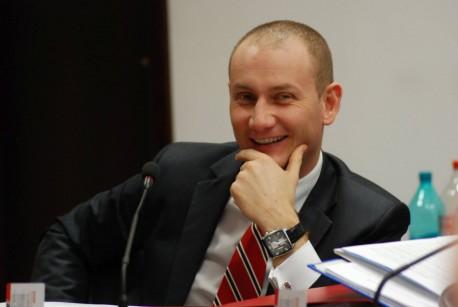 PNL Cluj se gândeşte să-i retragă sprijinului politic preşedintelui CJ, liberalul Mihai Seplecan