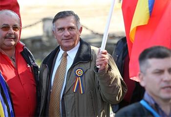Candidatură spectacol? Funar se vrea primul președinte român după 30 de ani