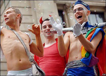 Biserica Episcopaliană din SUA aprobă oficierea Tainei Cununiei pentru uniunile gay