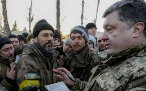 Crime de război, violuri şi jafuri! Kievul scăpa de sub control mişcările extremiste cu complicitatea Occidentului