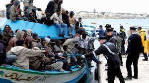 Migranţii musulmani vor putea lucra în UE doar peste 9 luni. Ce fac ţările europene până atunci?