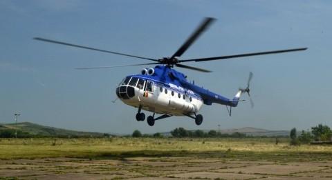 Elicopter din Cluj în intervenţie în Retezat