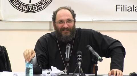 """Deși Sinodul BOR interzice preoților să facă politică, preotul Necula face campanie pentru platforma """"România, înainte"""" susținută de USR"""