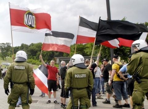 Violențe între neonaziști și poliție la Berlin. Marș în memoria lui Hess