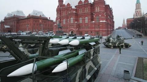 parada-rachete-moscova