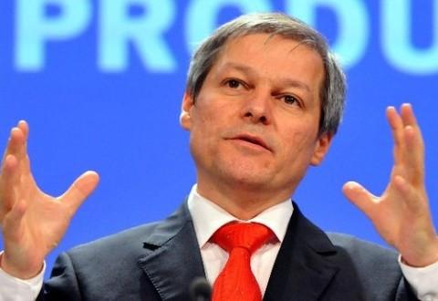 """Premierul Dacian Cioloș a prezentat """"guvernul meu"""". Nume de miniștri legați de SRI, SIE, Soroș și directori de multinaționale"""