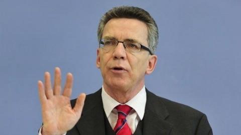 Ministrul de interne german afirmă că Europa ar trebui să limiteze numărul refugiaților primiți în decurs de un an