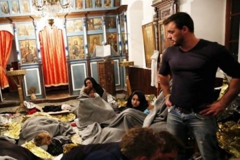 refugiati in biserici lesvos grecia 3