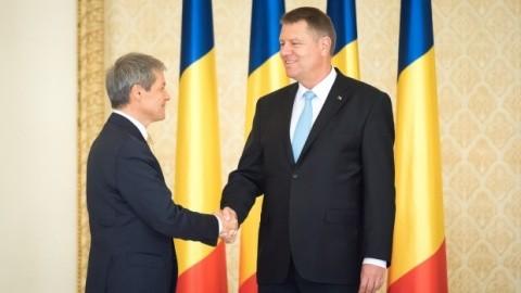 Primul sondaj despre partidul Iohannis-Cioloș. Partidul lui Băsescu pe val