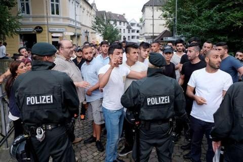 Mai multe persoane au fost înjunghiate într-un atac la Munchen