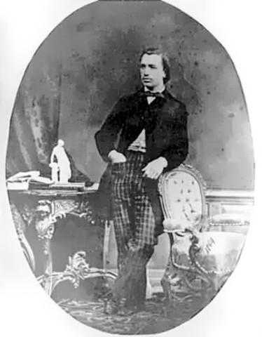 Mihai-eminescu (1)