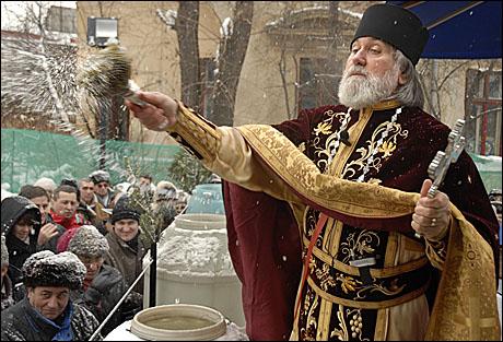 Boboteaza şi Sfântul Ioan marchează sfârşitul sărbătorilor dedicate Naşterii Mântuitorului