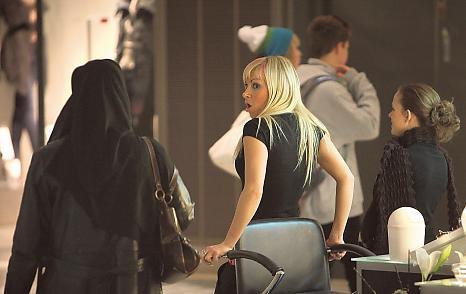Jihadul sexual continuă. Noi atacuri sexuale ale imigranţilor la Helsinki