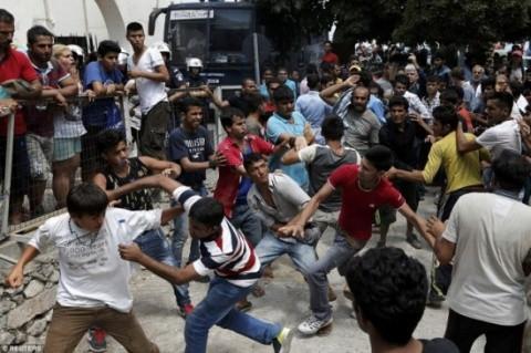 violente-refugiati