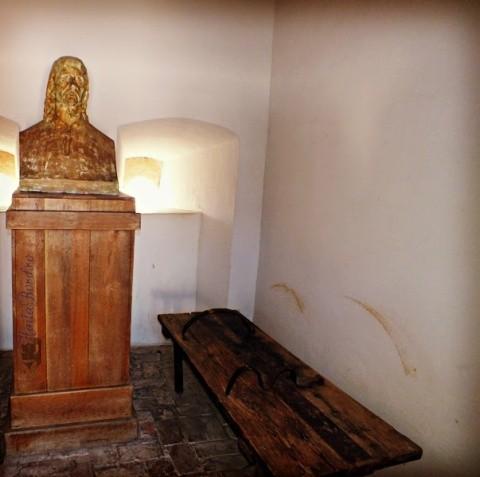 O controversă privind celula lui Horea persistă la 231 de ani de la martiriul din Dealul Furcilor