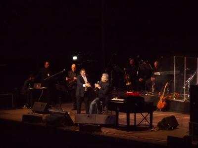 """Toto Cutugno a cântat """"Așa-i românul"""" cu publicul în picioare la concertul de la Sala Polivalentă din Cluj-Napoca (Foto/Video)"""