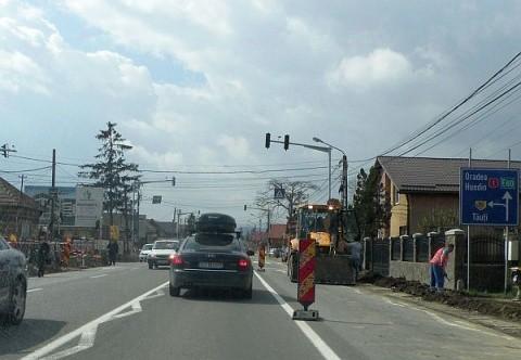 6 mașini implicate într-un carambol pe DN1, la ieșirea din Cluj-Napoca spre Florești
