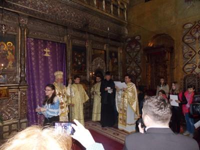 IPS Andrei i-a premiat pe elevii câștigători la faza județeană a Olimpiadei de Religie în Catedrala Mitropolitană din Cluj-Napoca