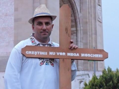 Azi începe procesul mega-moscheii din București. Berenghi apără Crucea la Tribunal