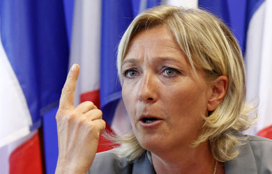 Marine Le Pen conduce în sondaje pentru viitoarele alegeri prezidenţiale din Franţa!