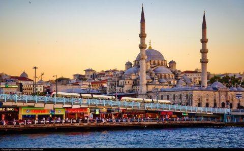 Politician rus solicită ca orașul Istanbul să redevină la vechea denumire de Constantinopol