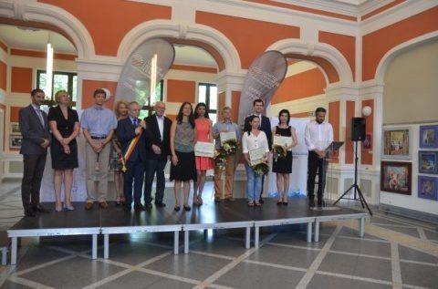 Primăria Cluj-Napoca organizează cea V-a ediție a concursului anual pentru cei mai buni tineri cercetători români în știință și inginerie
