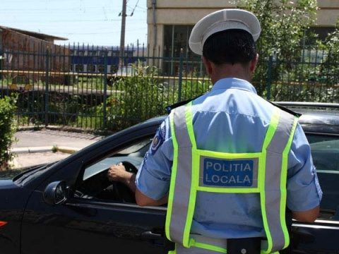 Poliția locală a luat la control piețele și atelierele auto. Ce nereguli au găsit?