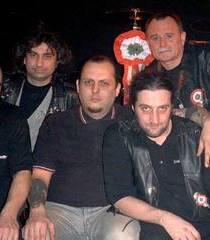 Poliţiştii clujeni anchetează concertul unei trupe din Ungaria, unde au apărut imagini cu Hitler sau ISIS, la Zilele Culturale Maghiare din Cluj-Napoca