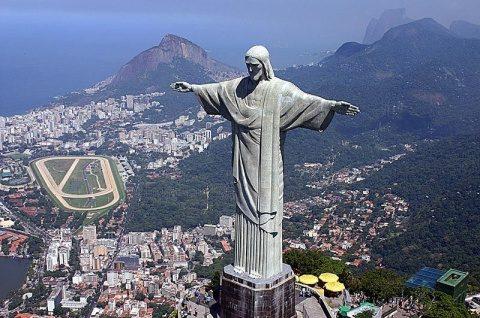 Armata va prelua controlul securităţii în Rio de Janeiro, din cauza traficanților de droguri