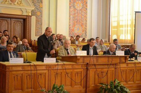 Istoricii români cer schimbarea ponderii istoriei în curricula şcolară, cel puţin două ore, la gimnaziu şi liceu