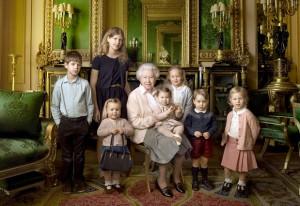 queen-elizabeth-kids-zoom-a78b1aeb-8ac8-4c32-a9b6-0d5e9212815b-300x206
