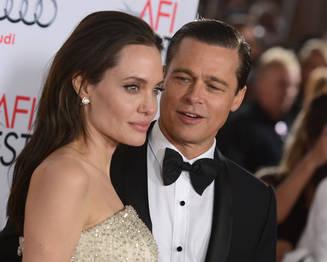 Angelina Jolie divortează de Brad Pitt. Actrița a depus actele