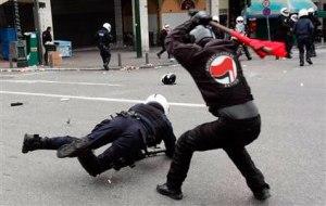 """Liderii """"fasciștilor"""" germani au nevoie de protecție în democrația de """"stânga"""" neo-marxistă"""
