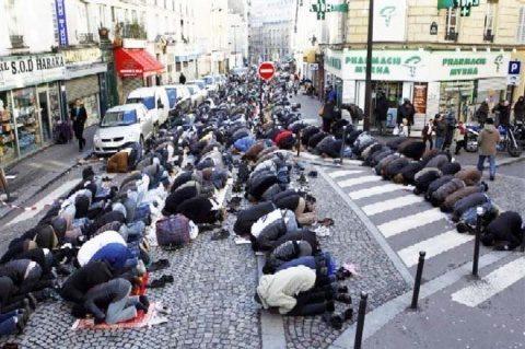 Suedia: Ciocniri violente între poliție și zeci de tineri în nordul orașului Stockholm, într-un cartier de imigranți
