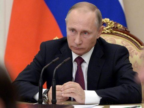 Putin a ordonat aviației militare ruse să se pregătească de război