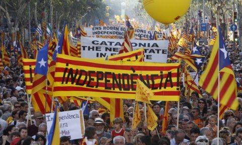Guvernul Spaniei a depus apel la Curtea Constituţională împotriva referendumului din Catalonia