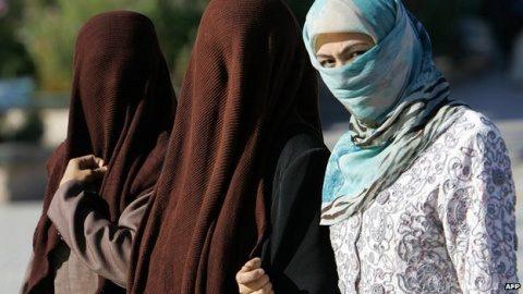 Austria interzice vălul islamic