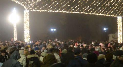 500 de clujeni au jucat Hora Unirii în centrul orașului Cluj-Napoca