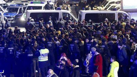 Guvernul austriac grea să le interzică imigranților români să circule noaptea pe stradă