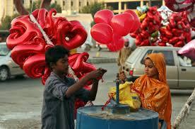Pakistan a interzis Ziua Îndrăgostiților. Nu este în tradiția musulmană