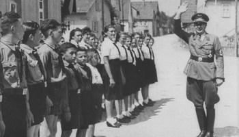 Istoric român: cere anularea unei sentințe prin care FDGR a primit imobile ale unei organizații naziste din Ardeal