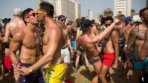 Dragnea spune că referendumul privind familia trebuie făcut, dar mai trebuie gasita o soluție si pentru gay