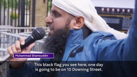 Inapt pentru muncă, apt pentru ajutorul de Jihad?